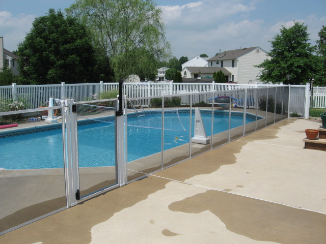 Selection Of A Pool Safety Fence Or Enclosure